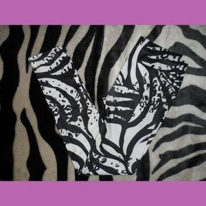 Zebra Stripe Black & White Leggings